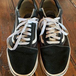 Old skool vans size 9.5
